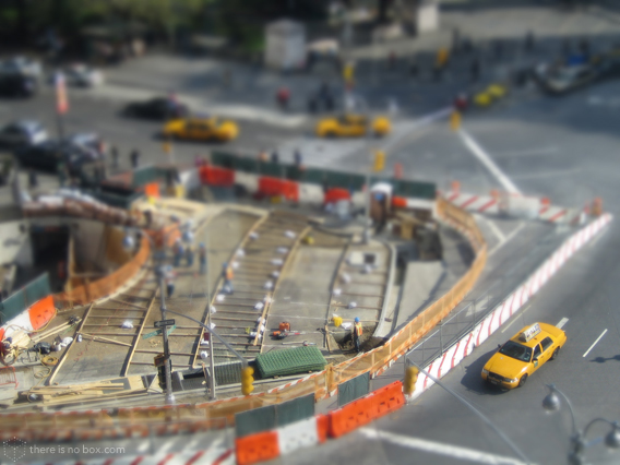 New York Columbus Circle Fake Miniature